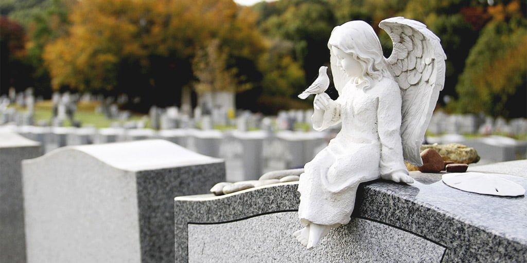 как найти могилу умершего человека
