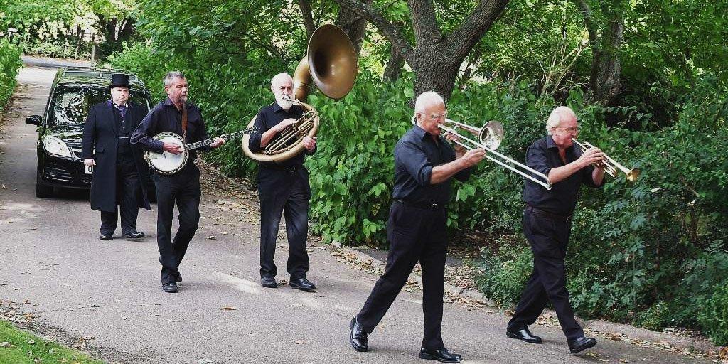 тема музыки на похоронах