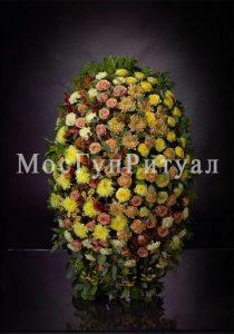 Венок ритуальный на похороны из живых цветов №1